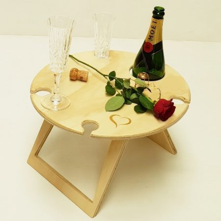 round small wine table